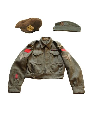 WW2 HASTINGS & PRINCE EDWARD REGIMENT TUNIC WITH BERET & WEDGE CAP