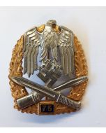 GENERAL ASSAULT BADGE 75 ACTIONS - GOLD & SILVER