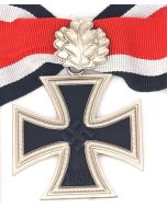 ww2 GERMAN KNIGHTS CROSS TO THE IRON CROSS With Oak Leaves