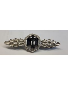GERMAN DAY FIGHTER CLASP ( ARROW POINTING UPWARD ) SILVER