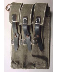 ww11 GERMAN MP40 POUCH GREEN CANVAS WITH BLACK LEATHER STRAPS