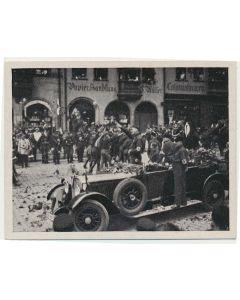 REICHSPARTEITAG 1927 DER FUHRER NIMMT DEN VORBEIMARSCH DER SA. AB CIGARETTE CARD