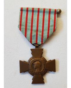 WW2 FRANCE CROIX DU COMBATTANT MEDAL
