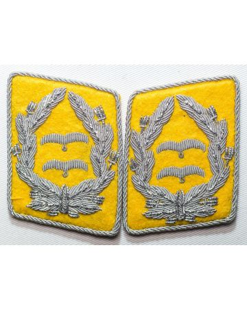 GERMAN LUFTWAFFE FLIGHT FALLSCHIRMJAGER OBERLIEUTENANT'S FIELD GRADE COLLAR TABS