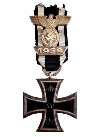 ORIGINAL GERMAN WWII CLASP TO THE IRON CROSS SECOND CLASS 1939 SPANGE &  GERMAN WWII IRON CROSS SECOND CLASS MEDAL WITH RIBBON