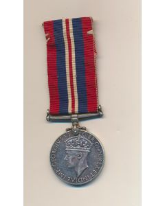 1939-1945 CANADIAN SECOND WW2 WAR MEDAL