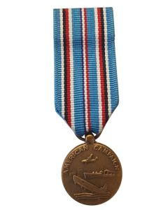 AMERICAN CAMPAIGN WWII MINIATURE MEDAL