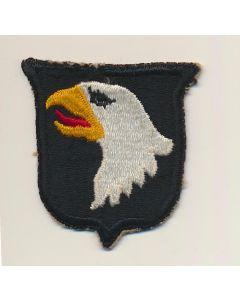 AMERICAN WWII 101st AIRBORNE BADGE ORIGINAL