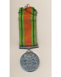 BRITISH COMMONWEALTH 1939-45 DEFENCE MEDAL