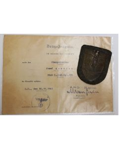 CRIMEAN CAMPAIGN SHIELD & AWARD DOCUMENT SIGNED BY ERICH VON MANSTEIN
