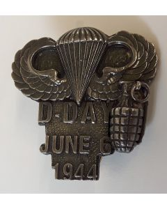 D-DAY COMMEMORATIVE BADGE