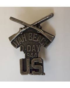 D-DAY UTAH BEACH COMMEMORATIVE BADGE