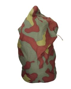 ITALIAN ARMY WWII CAMOUFLAGE PATTERN DUFFLE BAG