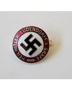 GERMAN HEIL HITLER LUDENDORFF BADGE