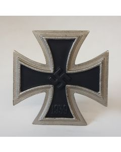 GERMAN ANTIQUE IRON CROSS 1ST CLASS 1939