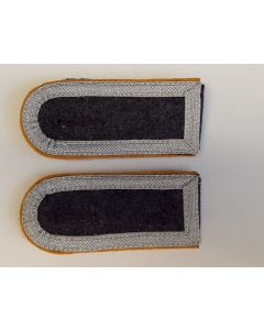GERMAN LUFTWAFFE  FALLSCHIRMJAGER SENIOR NCO SHOULDER BOARDS
