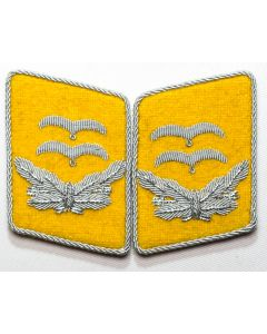 GERMAN LUFTWAFFE FLIGHT FALLSCHIRMJAGER OBERLIEUTENANT'S COLLAR TABS