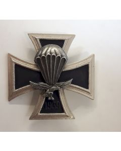 GERMAN WW2 LUFTWAFFE PARATROOPER COMMEMORATIVE IRON CROSS 1939