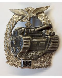 GERMAN LUFTWAFFE TANK BATTLE BADGE - 25 ACTIONS