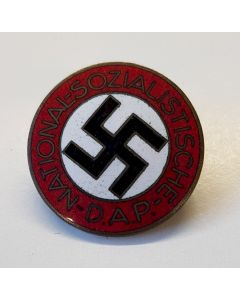 GERMAN NSDAP MEMBERSHIP PARTY BADGE RZM M1/157