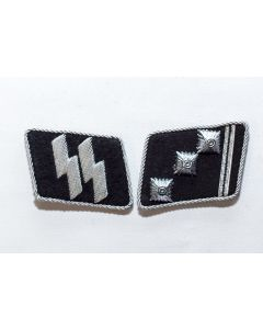 GERMAN SS OBERSTURMFUHRER OFFICER COLLAR TABS