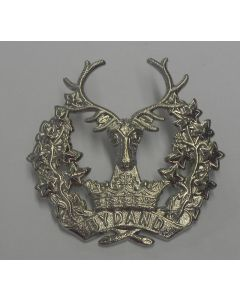 BRITISH GORDAN HIGHLANDERS CAP BADGE WW2