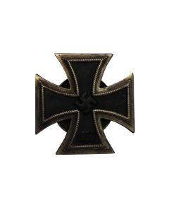 GERMAN WW2 ORIGINAL IRON CROSS 1ST CLASS 1939 SCREWBACK