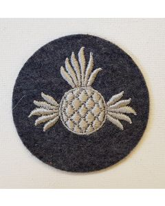 GERMAN LUFTWAFFE AERIAL ARMORER HEAVY BOMBS PERSONNEL TRADE PATCH