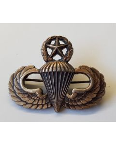 U.S. AIRBORNE MASTER PARACHUTIST WINGS BADGE BY N.S. MEYER , INC, NEW YORK STERLING