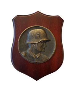 GERMAN SOLDIER WOOD WALLSHIED