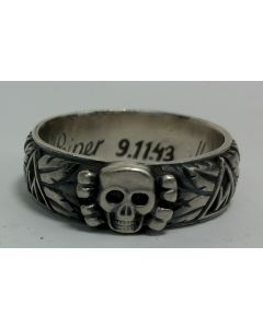 SS TOTENKOPF S.Lb. PEIPER 9.11.43 H. HIMMLER HONOR RING SMALL HEAD