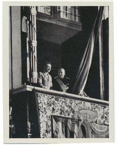 STAATSBESUCH DES FUHRERS IN ITALIEN - DER DUCE UND DER FUHRER OUF DEM BALKON DES PALAZZO VENEZIA IM MAI 1938 CIGARETTE CARD