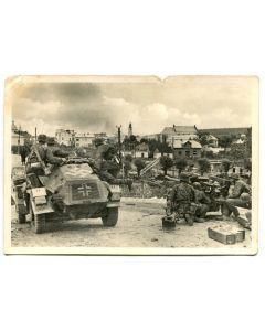 "UNSERE WAFFEN SS POST CARD ""ADVANCE DETACHMENT IN COMBAT"""