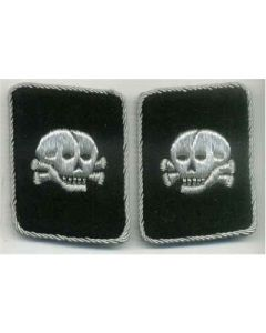 SS TOTENKOPF OFFICERS COLLAR TABS