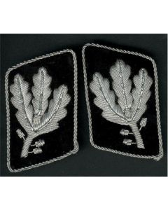 GRUPPENFUHRER 1st VERSION COLLAR TABS