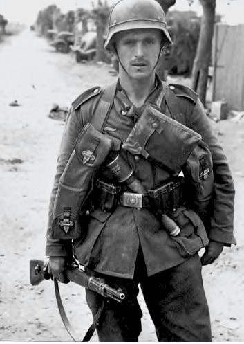 German Soldier WW2 with Belt and Buckle